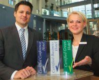 Foto: Sascha Neumann, General Manager und Peggy Letsch, Empfangsleiterin (Pullman Erfurt am Dom).