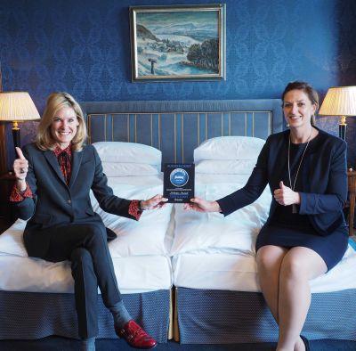General Manager Tanja Wegmann und Executive Housekeeper Sandra Staat (v.l.n.r.).