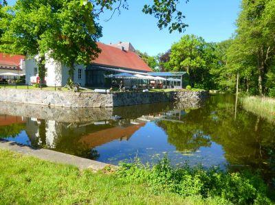 Den Sommer ohne Gedränge genießen auf Wasserschloss Mellenthin