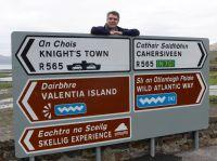 Schnieder Reisen: Carsten Okkens in Portmagee auf dem Wild Atlantic Way