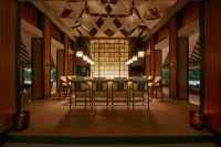 Die Sails Bar auf Baros Maldives ist eine von zwei Bars und drei Restaurants.