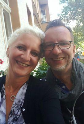 Kult Hotel Inhaberin Antje Last mit Kult DJ Ralph Rosenbaum
