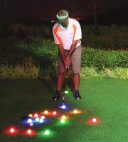 Der Heritage Golf Course auf Mauritius bietet Nachtgolfen an.