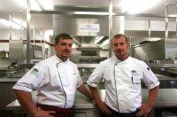 Florian und Marc Lambrich, Inhaber des Hotel Weinberg-Schlösschen