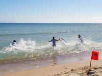 Nichts für Warmduscher: Anbaden bei 6 Grad auf der Insel Rügen