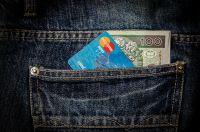 Wenn Geld und Papiere verloren gehen, hilft eine Assistance-Versicherung.