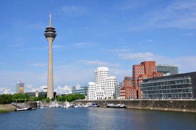 Drei Tage Düsseldorf gibt´s bei Reisehummel schon für 49 Euro pro Person.
