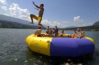 Im Wasser und am Strand gibt's jede Menge Spaß. (Foto: schluga.com)