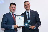 """Verleihung """"Special Award Business Development"""". Rolf Slickers von Servitex rechts im Bild. Fotoquelle: CINET"""