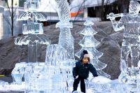 Bloor Yorkville Icefest, Toronto Photographer: Daniel Tran. Bildnachweis: unlimited non-exclusive rights. Copyright Notice: 2012.