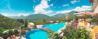 Das Hotel Tyrol bietet einen atemberaubenden Ausblick auf das Meraner Land