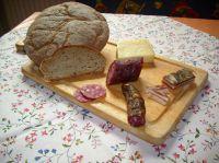 Bodenständig, regional, vom Brot bis zu Wurst und Käse: gut! Foto: presseweller