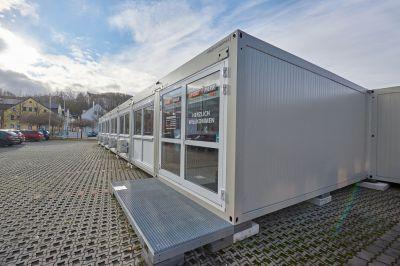 Das temporäre Fitnesstudio besteht aus 29 ELA Premiumcontainern und bietet eine Fläche von rund 520 Quadratmetern.