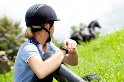 GEOHORSE riding - im Notfall auf Knopfdruck Hilfe holen!