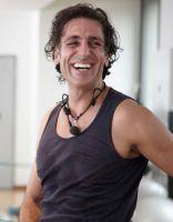 Ilan Dedemoglu trainiert die Gruppen in München und Starnberg