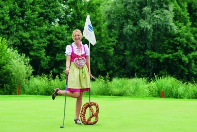 Zünftig beim Lederhosen Turnier im Golf Resort Bad Griesbach
