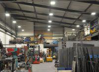 LED Hallenleuchten Classic Line (HCL) für normgerechte und langlebige Beleuchtung in Industrie & Gewerbe