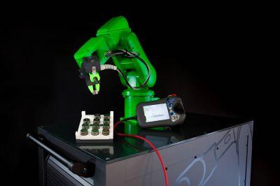 Mobile Schulungsstation mit aktueller IRC5 Robotersteuerung