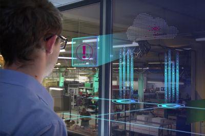 Data@Hand erkennt und analysiert mittels künstlicher Intelligenz Abweichungen vom Normalbetrieb einer Maschine.