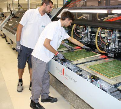 Der Leiterplattenhersteller KSG bildet junge Menschen in verschiedenen technischen Berufen zu Fachkräften aus.