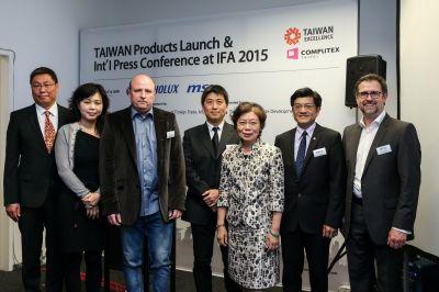Die Taiwanese Excellence Gewinner auf der TAITRA Pressekonferenz am 5. September im Rahmen der IFA 2015