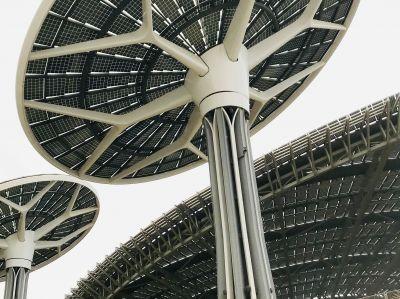 Im spektakulären Nachhaltigkeitspavillon stecken 80 Kilometer Photovoltaikleitungen von LAPP