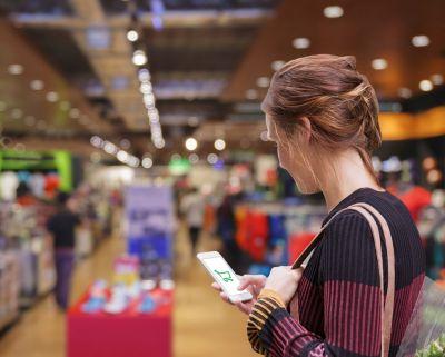 E-Commerce und In-Store verschmilzen zu einem ganzheitlichen Omnichannel-Erlebnis