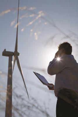 Mit den digitalen Lösungen von Schneider Electric wird die klimafreundliche Stromerzeugung effizient und rentabel