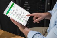 "Die cloudbasierte Datacenter-Management-Lösung ""EcoStruxure IT Expert""."