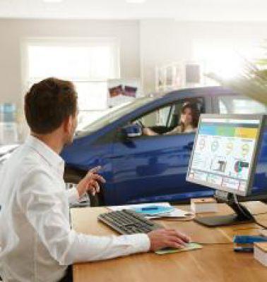 Die Software-as-a-Service-Lösung WEBFLEETerlaubt es Flottenbesitzern, ihre Fahrzeugflottendaten effizient innerhalb ihrer Firmen z