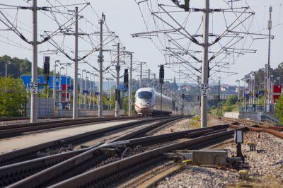 DEHN schützt die Bahninfrastruktur