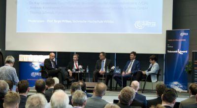 Die Teilnehmer der Podiumsdiskussion zum Telematik Award 2014: (v.l) Dr. Christoph Wilk, Abteilungsleiter Verkehr im Niedersächsis