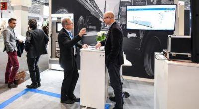 Im Ausstellungsbereich demonstrieren die Unternehmen ihre innovativen Lösungen und Konzepte. Bild: Messe Frankfurt