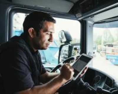 Mit flexiblen Workflows hilft die Logistik-App von AIS Transportunternehmen, Zeit und Geld zu sparen. Bild: AIS Advanced InfoData
