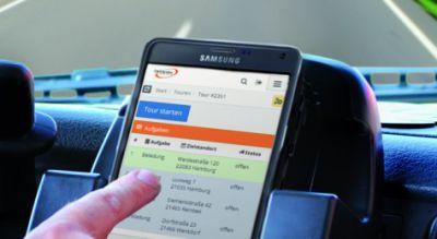 Fahrer von Subunternehmern können mit Opheo Web Sendungsdaten abrufen. Bild: initions AG