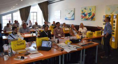 Auf die Teilnehmer warteten jeweils unterhaltsame Fachvorträge. Bild: YellowFox GmbH
