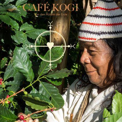 Máma José Gabriel, Oberhaupt der Kogi erntet selbst auch Kaffee