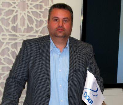Der Geschäftsführer der Dost Group GmbH Mehmet Sar lädt zum WindEnergy 2016 ein