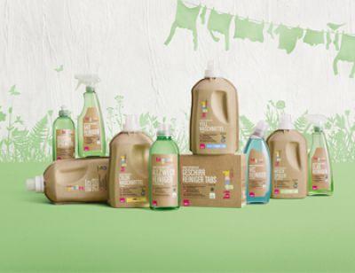 """Die Formfaserflaschen der Produktserie """"bi good"""" von PERNAUER. Abdruck honorarfrei"""
