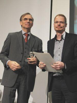 Zufriedene Preisträger: die NATURSTROM-Vorstände Dr. Thomas E. Banning und Oliver Hummel.