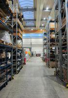 Montagehalle mit Lagerbereich, 200W LED-Lichtlösung als Austausch von 400W HQL, Montagehöhe 11 Meter