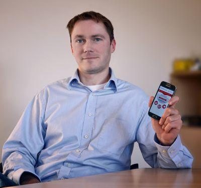 Christian Winzer, Geschäftsführer, ist stolz auf die entwickelte App.