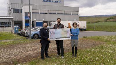 Harald Kownatzky, stellv. Vorsitzender des NH/HH-Recyclingvereins, Markus Wahl, JEAN Müller und Pfarrerin Renata Kiworr-Ruppenthal