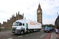 Die britische Supermarkkette Sainsbury's testet den weltweit ersten mit CO2 gekühlten Anhänger in London.
