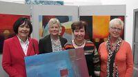 """Das Delbrücker """"Hobby-Malerinnen-Quartett"""": (v.l.) Hildegard Rodewald, Brigitte Dresmann, Margret Kämper sowie Uschi Amkreutz."""
