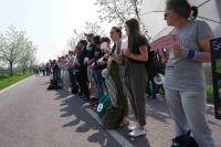 650 Menschen demonstrieren vor Schweinehochhaus – Tierhalteverbot und Schließung gefordert