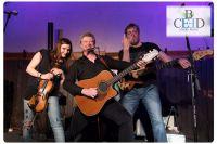 b-ceed startet Zusammenarbeit mit Kult-Folk-Band Paddy Goes to Holyhead