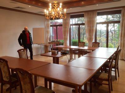 Bild vom zauberhaften Seminarraum im Hotel Augustusberg