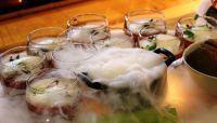 Der Gruß aus der Küche dieses Mal mit Leucht- und Raucheffekt http://greenglasses.de