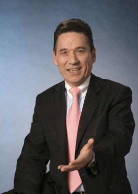 Dr. jur. Horst Werner, Wirtschafts- und Steuerjurist sowie Kapitalmarktpraktiker